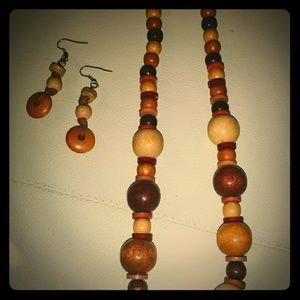 Jewelry - Vintage wood necklace and earrings